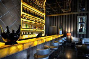 guide bar et restaurants design pour les vacances