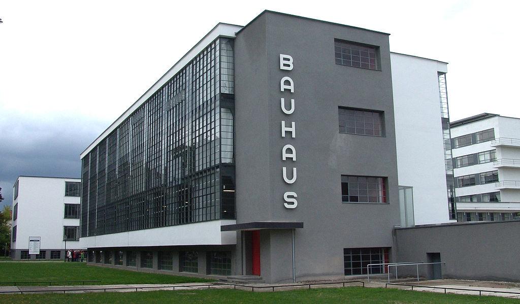 Photo de l'école du Bauhaus à Dessau